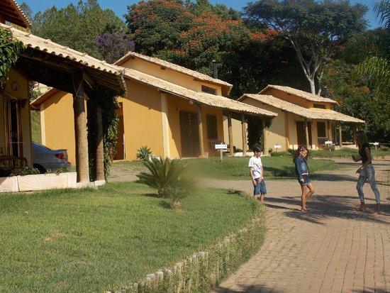 Vila Chico Hotel Fazenda : Vista dos Chalés Sabiá e Bem-te.vi, onde ficamos.