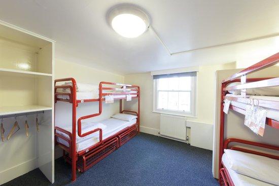 Astor Victoria Hostel: 4-Bed Dorm
