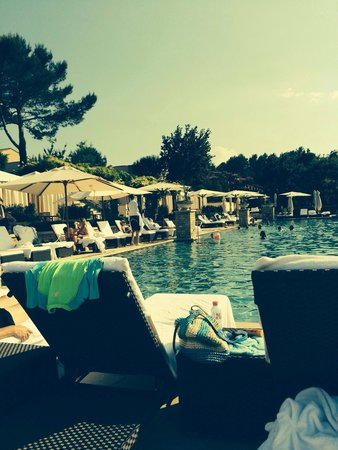 Terre Blanche Hotel and Spa : Nice pool but too many screaming babies