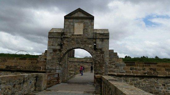 Conjunto Fortificado de Pamplona: Puerta del socorro