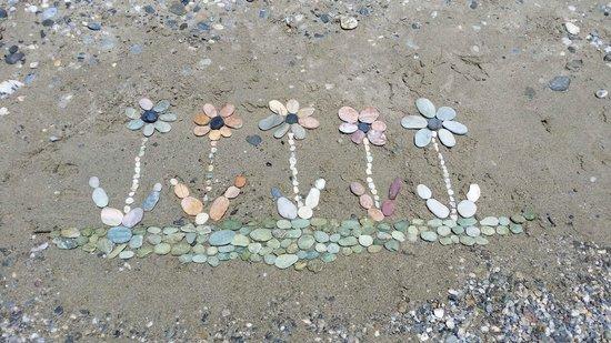 Adrina Resort & Spa: Beach marble stones