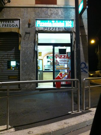 Pizzeria Tolstoi 102