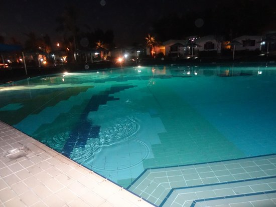 Ghazala Beach Hotel : pool side