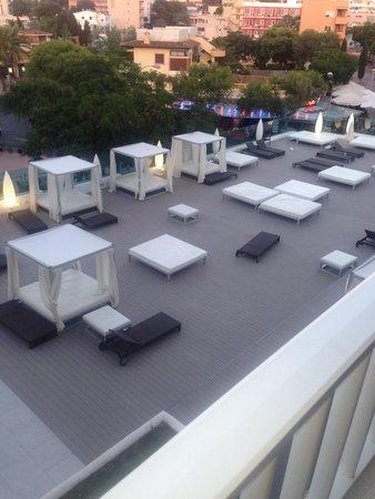 Aparthotel Rosa del Mar: Sun beds