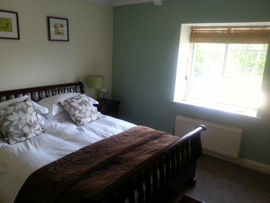 The New Inn: Room 9