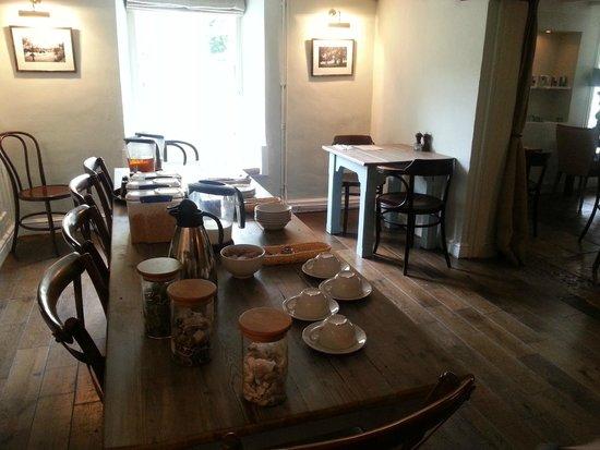 The New Inn: Breakfast