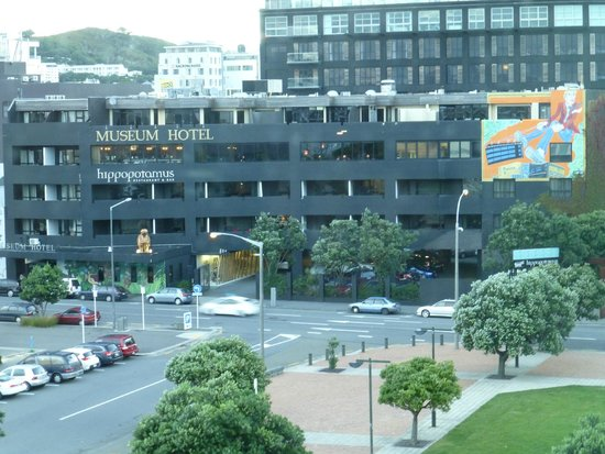 Museum Art Hotel Wellington: View of hotel front