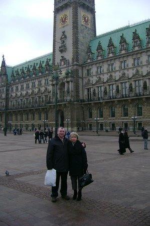 Rathaus: Вот она, ратуша