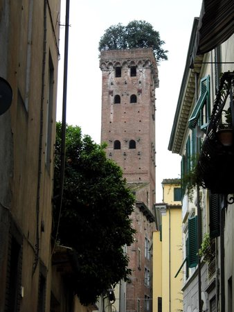 Le mura di Lucca : Lucca