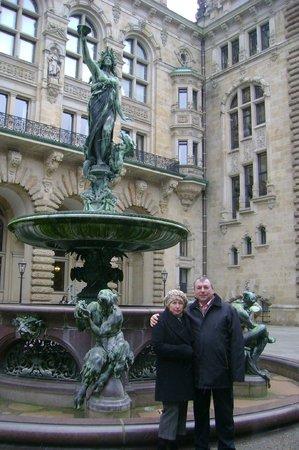 Rathaus: во внутреннем дворе ратуши