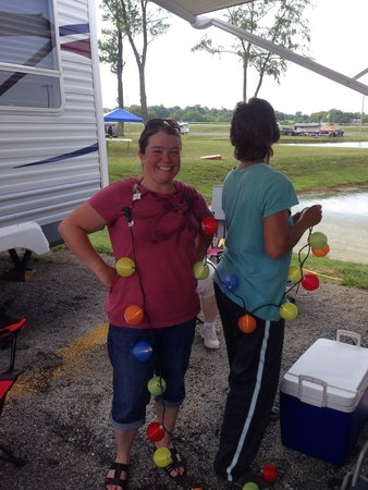 Kentucky Speedway : Setting up the camper at Lakeside