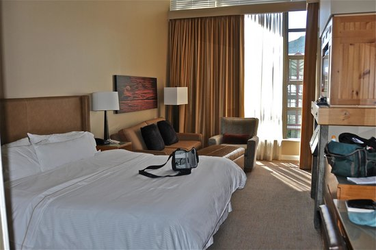 The Westin Resort & Spa, Whistler: Room 908