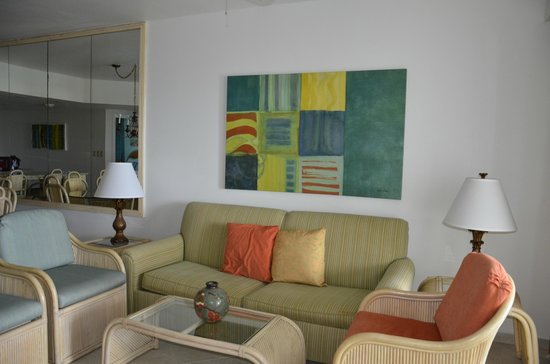 Costa Linda Beach Resort: Living Room