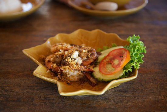 Phen's Restaurant: Shrimp dish