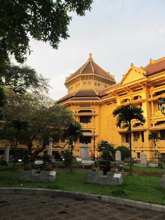 Vietnam National Museum of History: Wonderful architecture