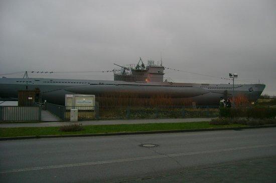 U-Boot U 995: Подлодка
