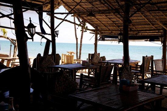 Phen's Restaurant: Restaurant interior
