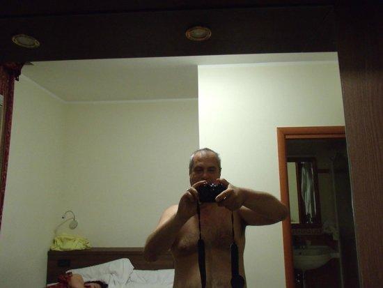Hotel Stromboli : Olha eu no quarto!