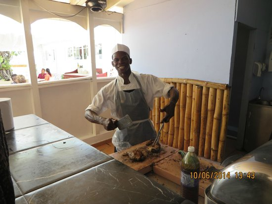 Luxury Bahia Principe Runaway Bay Don Pablo Collection: Jerk Chicken