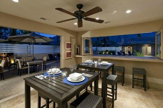Pura Vida Palm Springs: Chic, Stylish, Well-Stocked Common Room