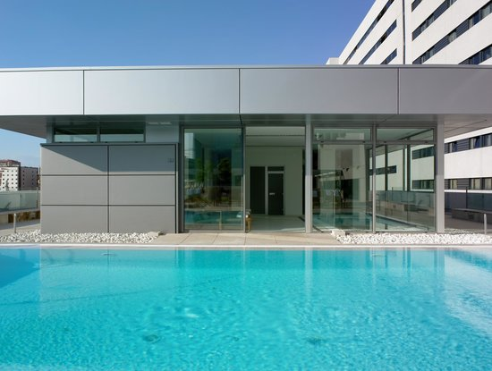 NH Collection Sevilla: SWIMMING POOL