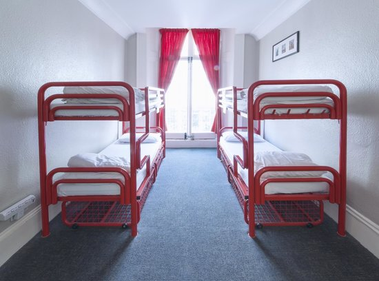 Astor Queensway Hostel: 4-Bed Dorm