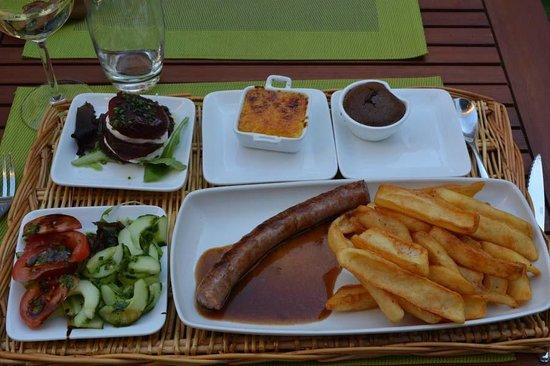 Café du Midi : Saussage main course