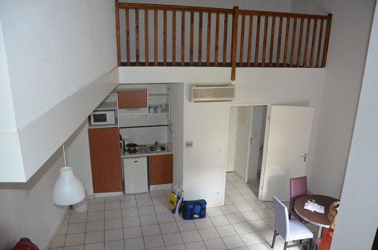 Adonis Carcassonne - Residence la Barbacane: Двухэтажный номер