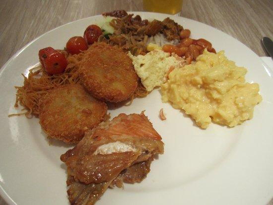PARKROYAL Kuala Lumpur: Breakfast