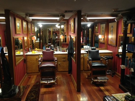 Omni Royal Orleans: Great looking place for a haircut