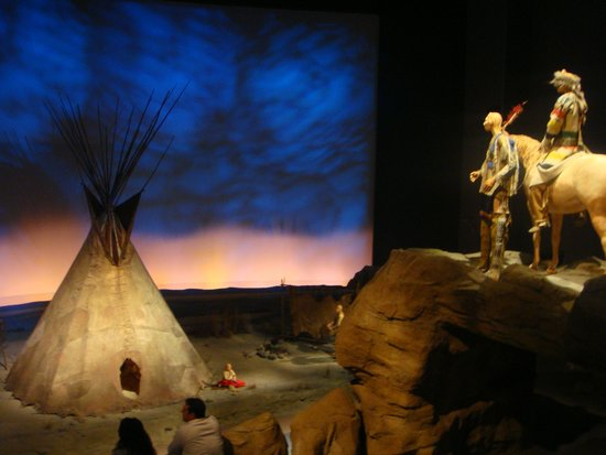 Buffalo Bill Historical Center : Plains Indians diarama