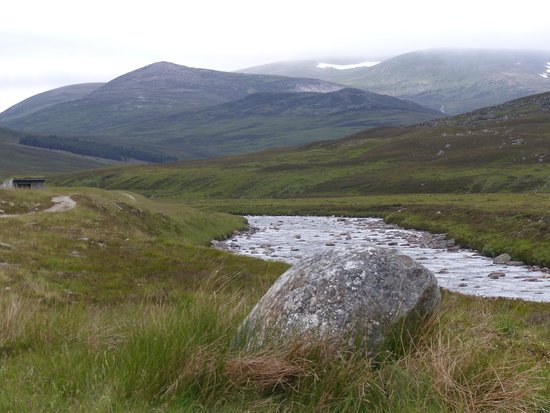 Cairngorms National Park: Glen Dee and Glen Geldie