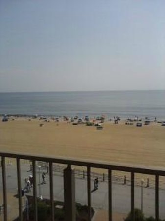 Best Western Plus Virginia Beach : from our room