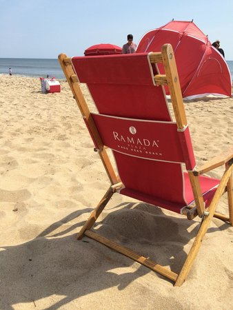 Ramada Plaza Nags Head Oceanfront: The beach is just steps away ... And chairs are available so you don't need to bring your own.