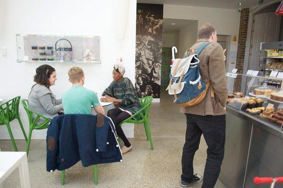William Morris Gallery: The WMG Tea Room