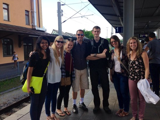 Radius Tours : Our group with our guide, Alun!