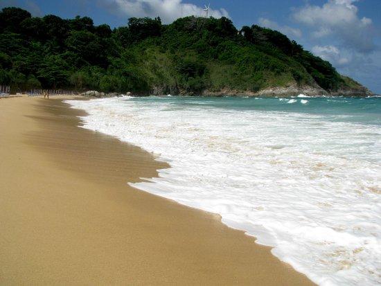 Nai Harn Beach: beach1