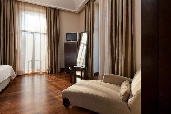 NH Collection Palacio de Aranjuez: Guest Room