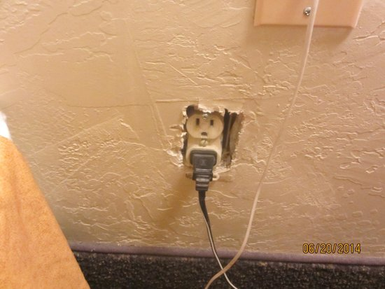 Travelodge Page : Wall outlet