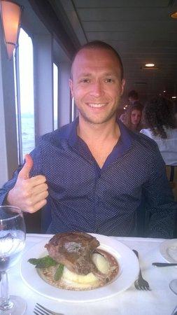 World Yacht : Steak