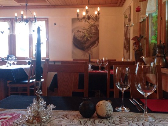 Essstube : Stylish, cozy restaurant and amazing food and great service ❤️
