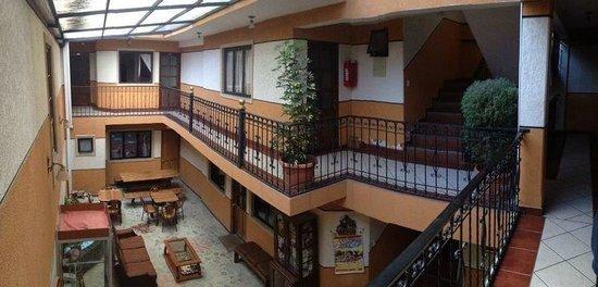 Foto De Hotel Fuentes La Paz Las Instalaciones Todas Con Vista - Fuentes-exterior