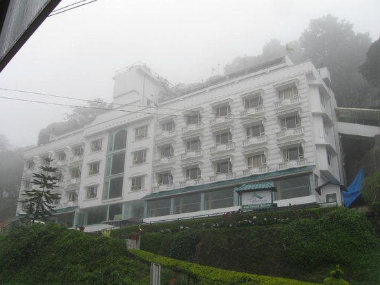 Misty Mountain Resort: Hotel View