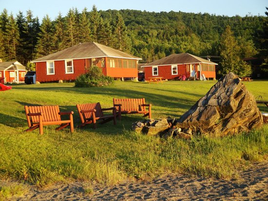 Jackson's Lodge: The rock with the firepit, and other cabins