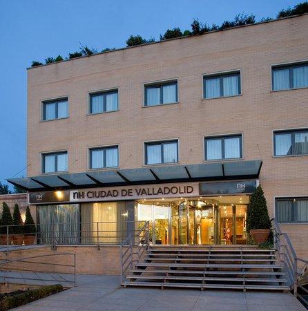 NH Ciudad de Valladolid: FACADE