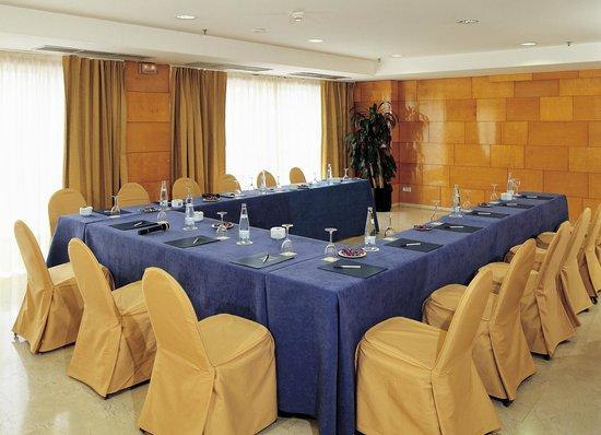 NH Ciudad de Zaragoza: MEETING ROOM