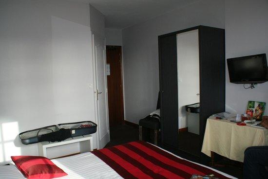Hotel Romantica: l'autre vue coté porte d'entrée