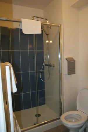 Hotel Romantica: salle de bain