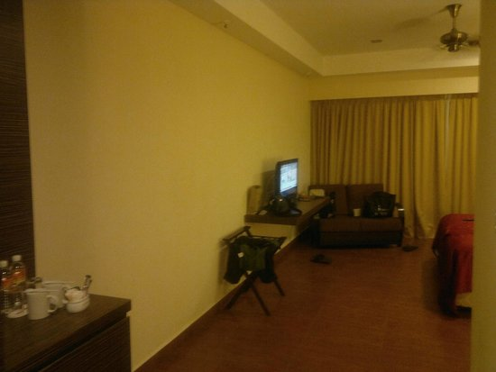 Legend Resort Cherating: lcd tv, tea/coffee/couch