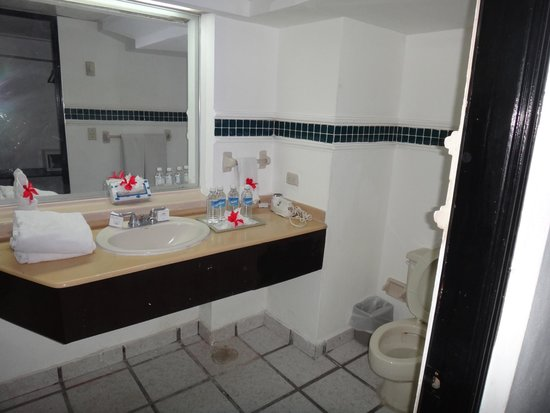 Coral Costa Caribe All Inclusive, Juan Dolio: Miren la basineta o toilet
